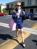 th_49971_Reese_Witherspoon_3_122_1008lo.jpg