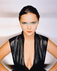 Christina Ricci – A. M. Photoshoot 1999 x 6