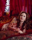 Amy Brenneman - Blake Little Photoshoot HQ 3x. Foto 3 (��� ��������� - ����� Little Photoshoot HQ 3x. ���� 3)