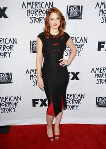 http://img156.imagevenue.com/loc344/th_410962686_AlexandraBreckenridge_AmericanHorrorStoryScreening_April18_2012_4_122_344lo.jpg