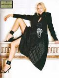 Naomi Watts attends the Costume Institute Gala celebrating Chanel at The Metropolitan Museum of Art (May 2, 2005) Foto 482 (Наоми Вотс приняла участие в гала Института костюма Шанель отмечать на сцене Метрополитен-музее изобразительных искусств (2 мая 2005) Фото 482)