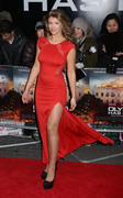 http://img156.imagevenue.com/loc40/th_376361539_AmyWillerton_olympus_has_fallen_uk_prem_034_122_40lo.jpg
