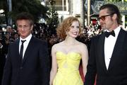 th_91097_Tikipeter_Jessica_Chastain_The_Tree_Of_Life_Cannes_085_123_465lo.jpg