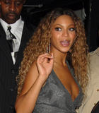 Бионс Ноулс, фото 925. Beyonce Knowles (Nipslip) in promotion tour in NY 19HQ / Well areola slip actually..., foto 925,